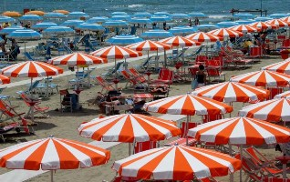 Beach_umbrella_10