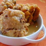 Pumpkin_raisin_bread_pudding
